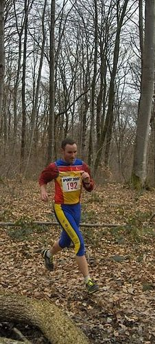 http://img.over-blog.com/226x500/2/73/75/85/Trail-des-Monts-de-Gy-2010/Trail-5-3.jpg