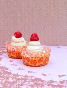 red berry cheesecake cupcakes -001