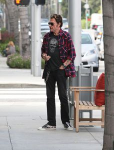 Johnny Hallyday et Laeticia Shopping à Beverly Hills n2