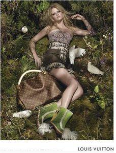 Lara-Stone---Louis-Vuitton.jpg