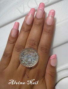 french-girly-magique4-Alvina-Nail.png
