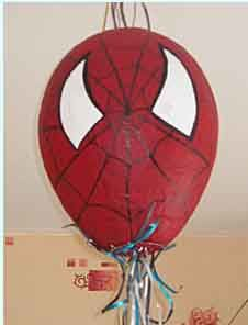 une pinata spiderman tout faire son enfant. Black Bedroom Furniture Sets. Home Design Ideas