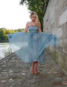 Robe-de-soiree-Bleu-a-lacets-Nelly-Rosso.jpg