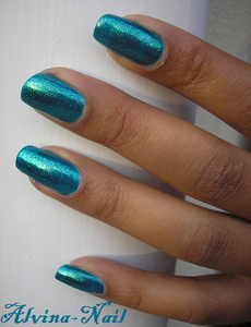 orly---halley-s-comet--Alvina-Nail.png