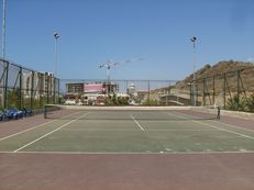 israel apart for rent with tennis court