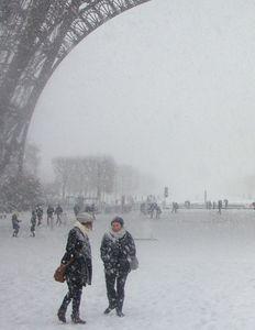 neige-tour-eiffel