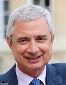 Claude-Bartolone-prefere-a-Elisabeth-Guigou-pour-le-perchoi.jpg