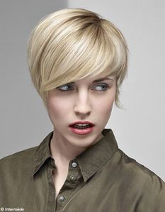 Beaute-tendance-cheveux-coiffure-intermede-INT-AH11-2-12-01