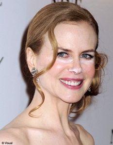 Nicole-Kidman-maquillage-rate-pour-la-premiere-de-son-film_.jpg