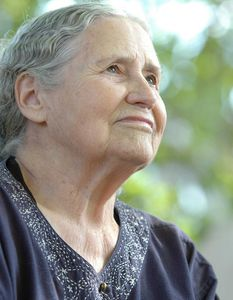 Doris-Lessing-3.jpg