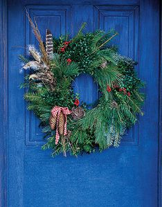 wreath-blue-door-de