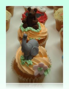 Cupcakes elephant and bear