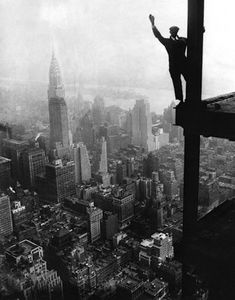 new-york-1920s-empire-state-building-construction.jpg