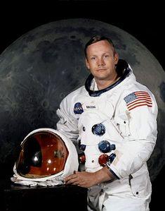 neil-amstrong-moon.jpg