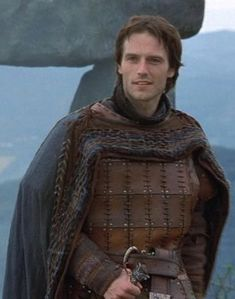 Lancelot-king-arthur-887912_377_480.jpg