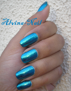orly---halley-s-comet2--Alvina-Nail.png