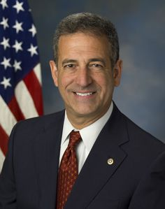 Russ_Feingold_Official_Portrait_3.jpg