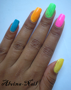 fluo-stabilo--Alvina-Nail.png