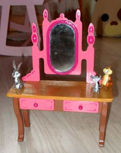 meuble poupp e barbie meuble pour barbie le blog de caroline. Black Bedroom Furniture Sets. Home Design Ideas