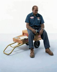 duane-hanson-delivery-an-1980.jpg