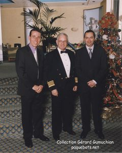 ss Norway - Photo avec le Captain Haakon Grangdal 2002-12-3