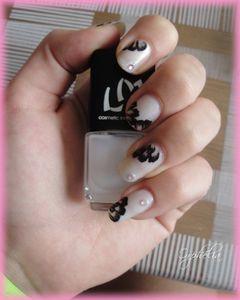 Fleurs Noires 3
