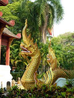 05 Chiang Mai - Wat Phra Sing 10