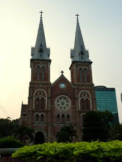 01 Saigon - Cathedrale 02