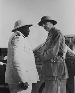 250px-DeGaulle in Chad[1]