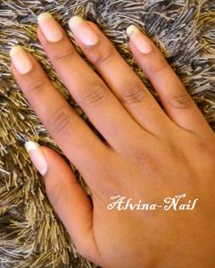 ongles-nus-novembre-4-Alvina-Nail.png