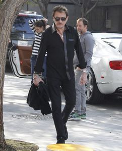 Photos-Johnny-Hallyday---Laeticia-Hallyday-du-18-F-copie-6.jpg