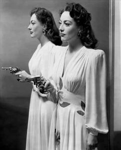 le-roman-de-Mildred-Pierce---Joan-Crawford-5.jpg