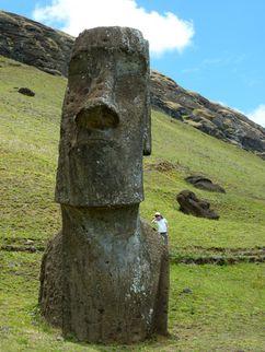 C17 Rapa Nui - Rano Raraku 06