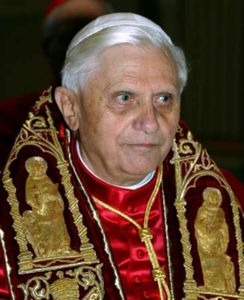 AVT Pape-Benoit-XVI 521