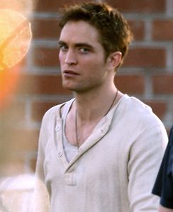 Robert Pattinson - Reshoot WFE 3