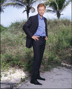 experts-miami-csi-miami-c-s-i-miami-serie-tv-81-g.jpg