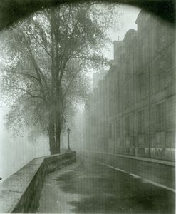 Eugene-Atget---quai-d-anjou-Paris-19260001.jpg