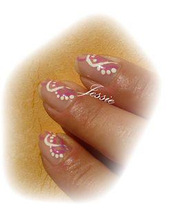 blog.embelli.nailart-vernis-vagues-rose-et-blc--1-.jpg