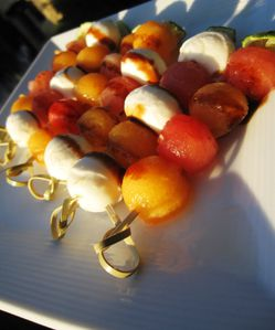 Brochettes melon,pastque, mozza