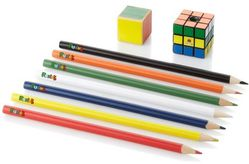 16 crayon gomme taille crayon rubik's cube