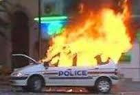 voiture-police-brule.jpg