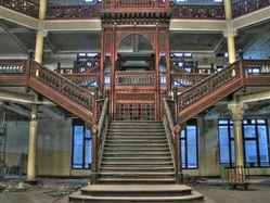 escalier-historique.jpg