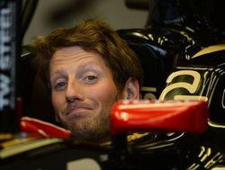 Romain Grosjean F1 Lotus-GP