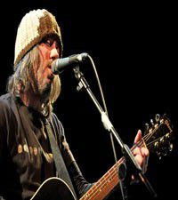 Badly Drawn Boy covers Bruce Springsteen and Madonna in Chicago