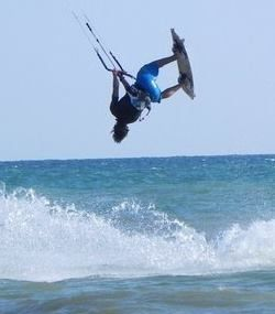 antoine-clerc-kitesurf-hawaii-surf-shop--3.jpg
