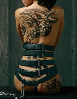 human_back_side_body_art_paintings_dragon.jpg