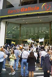 170px-Buenos_Aires_-_Manifestacion_contra_el_Corralito_-_2.JPG