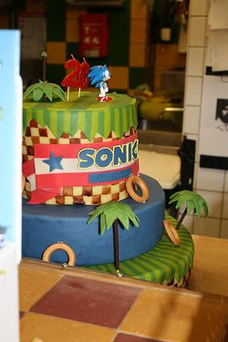 anniversaire-sonic-gateau-gamongirls-party.jpg