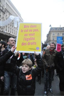 Manif gay enfant