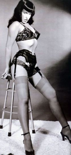 Bettie-Page-11